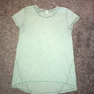 Like New Lululemon Short Sleeve Top